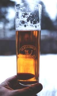 Alla medlemmar har ett eget exklusivt klubbglas med sitt ölnamn ingraverat